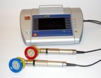 Terapeutický biostimulační laser MAESTRO MediCom s plošnými hlavicemi CCM Quatro a BlueBeam