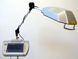 Terapeutický biostimulační laser MAESTRO MediCom s automatickým scannerem CCM LineScan
